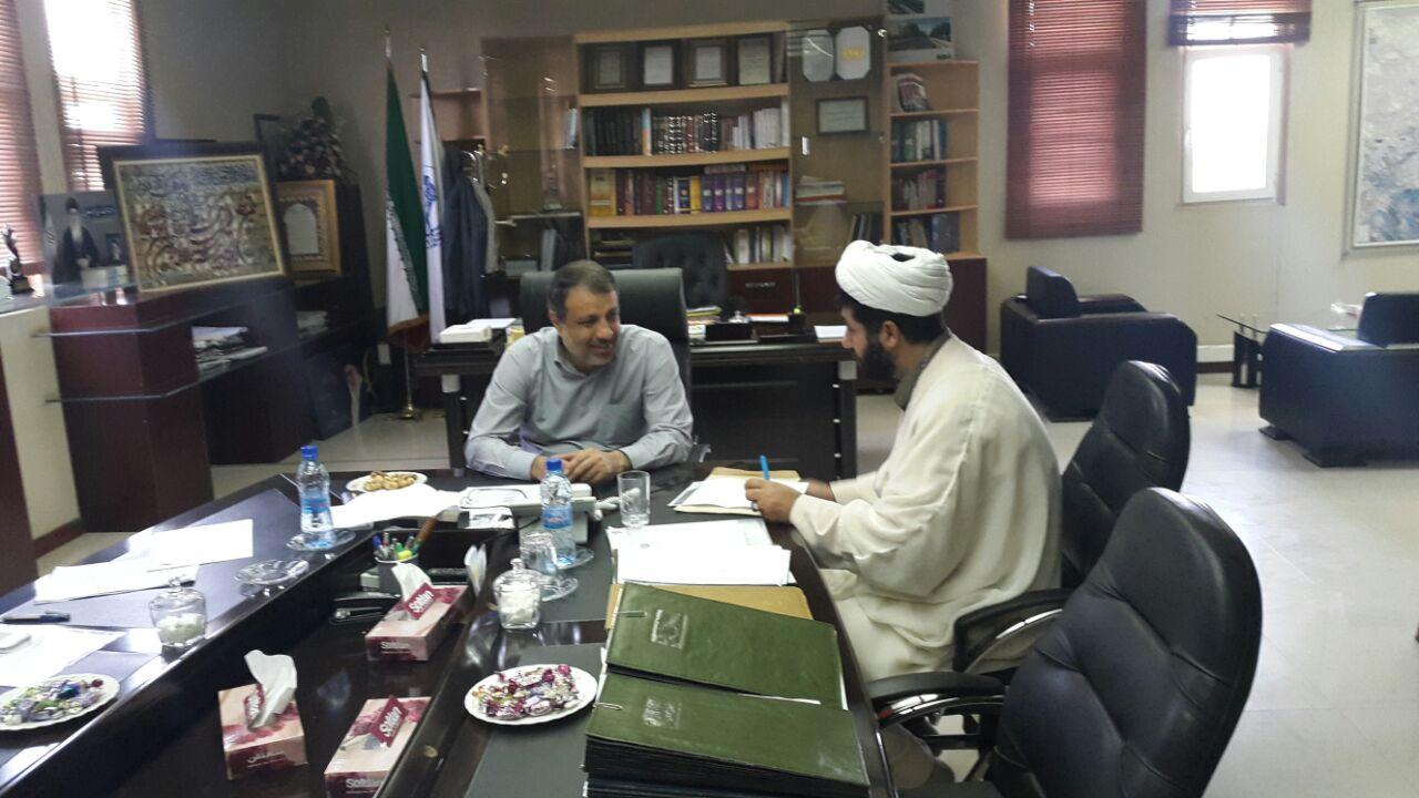 شهرداری اهواز در آزادی زندانیان جرائم غید عمد مشارکت میکند